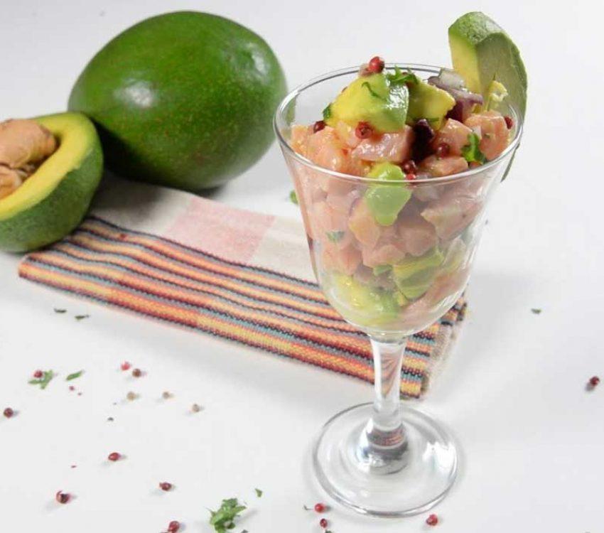 Ceviche de Abacate com Salmão