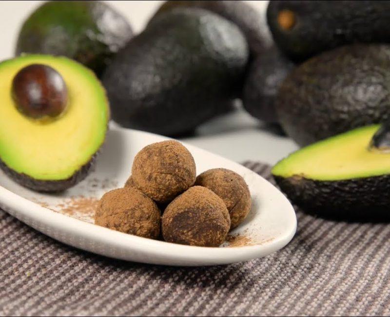 Trufas de Abacate e Chocolate