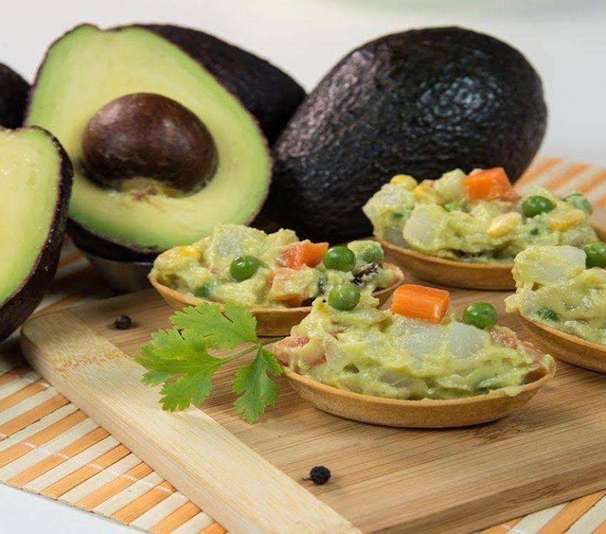 Barquete de Abacate com legumes