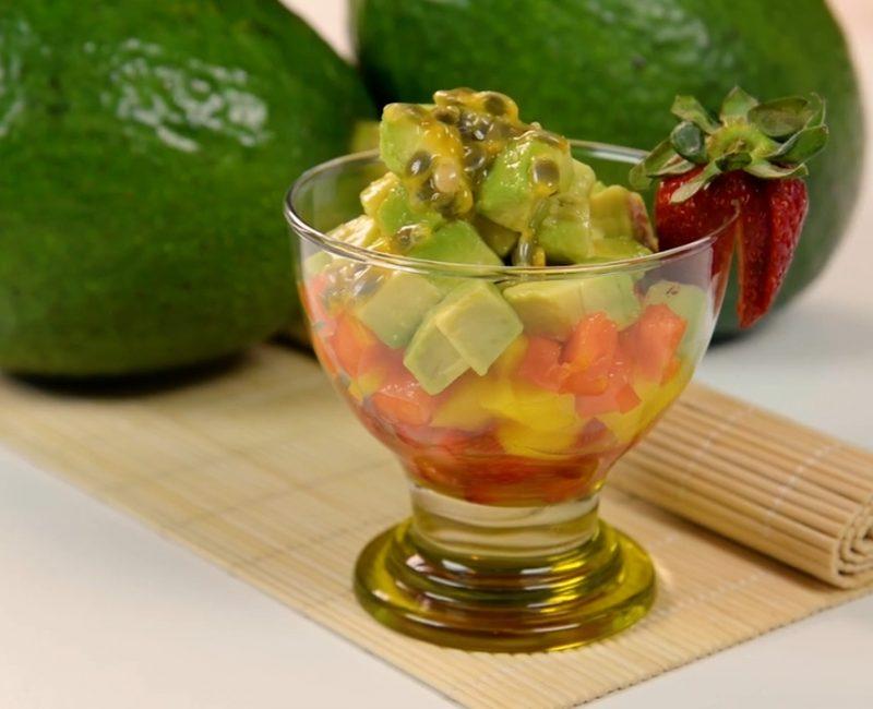 Salada de frutas com Abacate