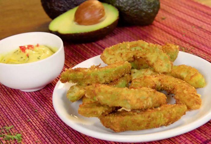 Tiras de Abacate Empanado