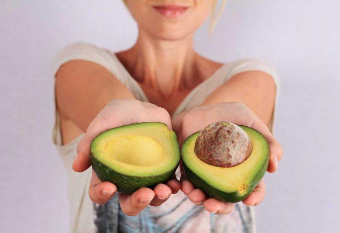 Benefícios do Abacate: saúde da cabeça aos pés